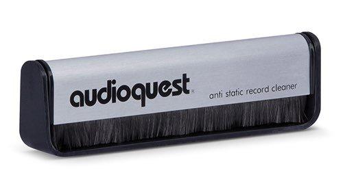 http://brooksberdanltd.com/wp-content/uploads/2018/09/brooks_berdan_audio_brands_audioquest_vinyl_brush.jpg