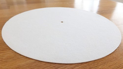 https://brooksberdanltd.com/wp-content/uploads/2018/11/brooks_berdan_audio_brands_vinyl_care_felt_platter_mat.jpg